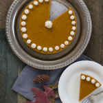 Pumpkin Spice Cake with Gingerbread Crust