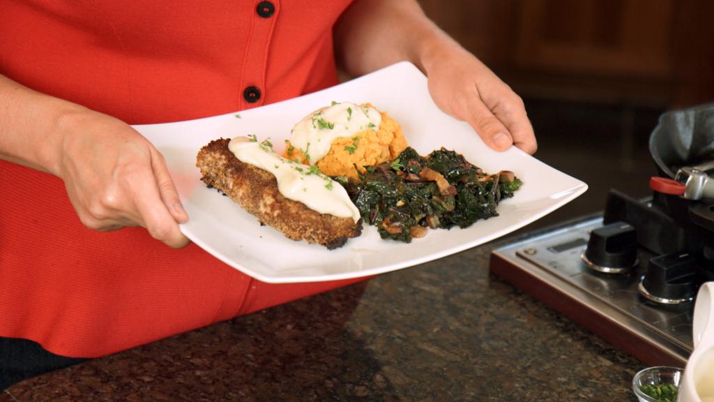 sarah-presents-plated-food-kitchen