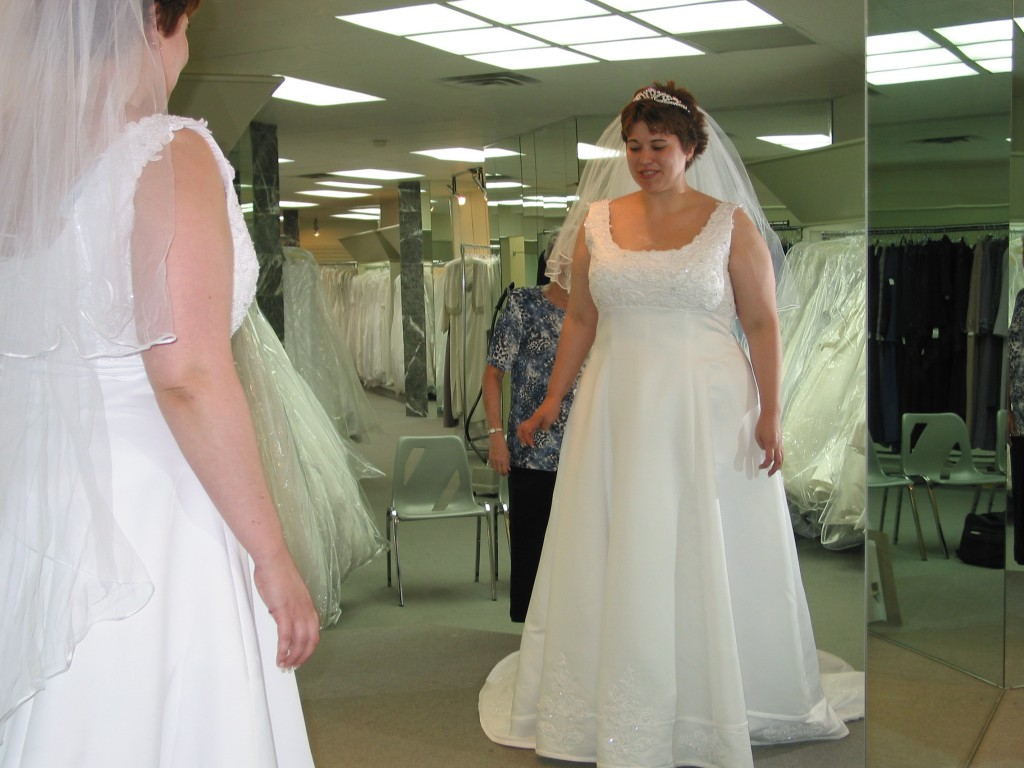 I Was In So Much Denial About My Weight That Put Off Shopping For A Wedding Dress Until 2 Weeks Before The Size 26 To