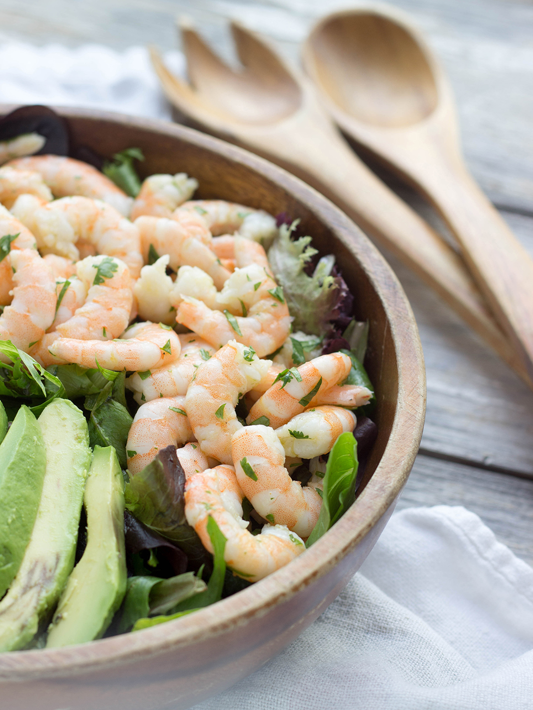 salad bowl with shrimp and avocado