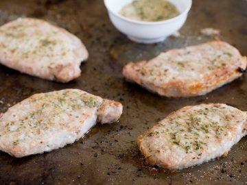 Simple Broiled Pork Chops