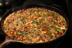 Bacon, Red Pepper, Spinach and Black Olive Frittata | The Paleo Mom