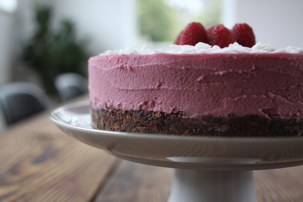 "Coconut Raspberry ""Cheesecake"" (paleo autoimmune protocol-freindly) 